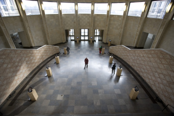In the entrance area, too, visitors could watch video interviews'© Patrick Raddatz