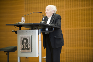 Trude Simonsohn, Chairman of the Survivors' Council at the Fritz Bauer Institute, recalls her friendship with Norbert Wollheim'© Eva & Artur Holling
