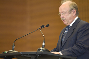 University President Rudolf Steinberg greeting the guests'© Eva & Artur Holling