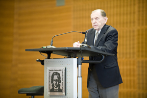 Saul Kagan spoke for the Claims Conference'© Eva & Artur Holling