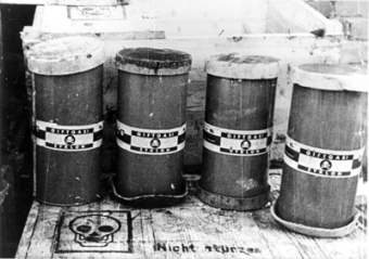 Zyklon B-Boxes'© National Archives, Washington, DC
